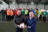 Ü50-Fußballer mit walking football weiter am Ball