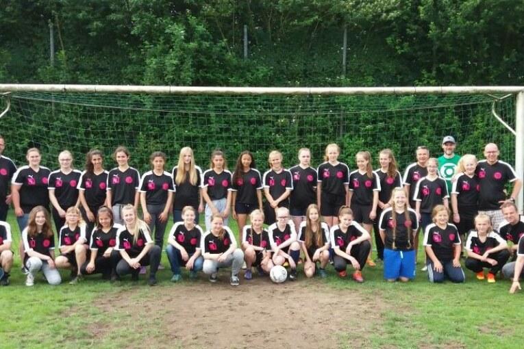 Waldesrand-Juniorinnen auf großer Fahrt