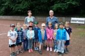 Maxi-Kinder der KiTa St. Angela beim SV Waldesrand