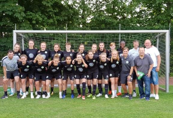 U17 Juniorinnen des  VfL Wolfsburg beim SV Waldesrand